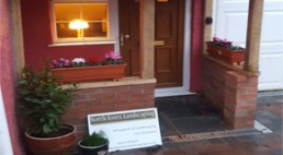 Drive & oak porch - Thaxted - North Essex Landscaping