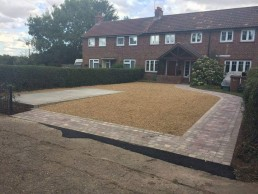 Gravel driveway - North Essex Landscaping
